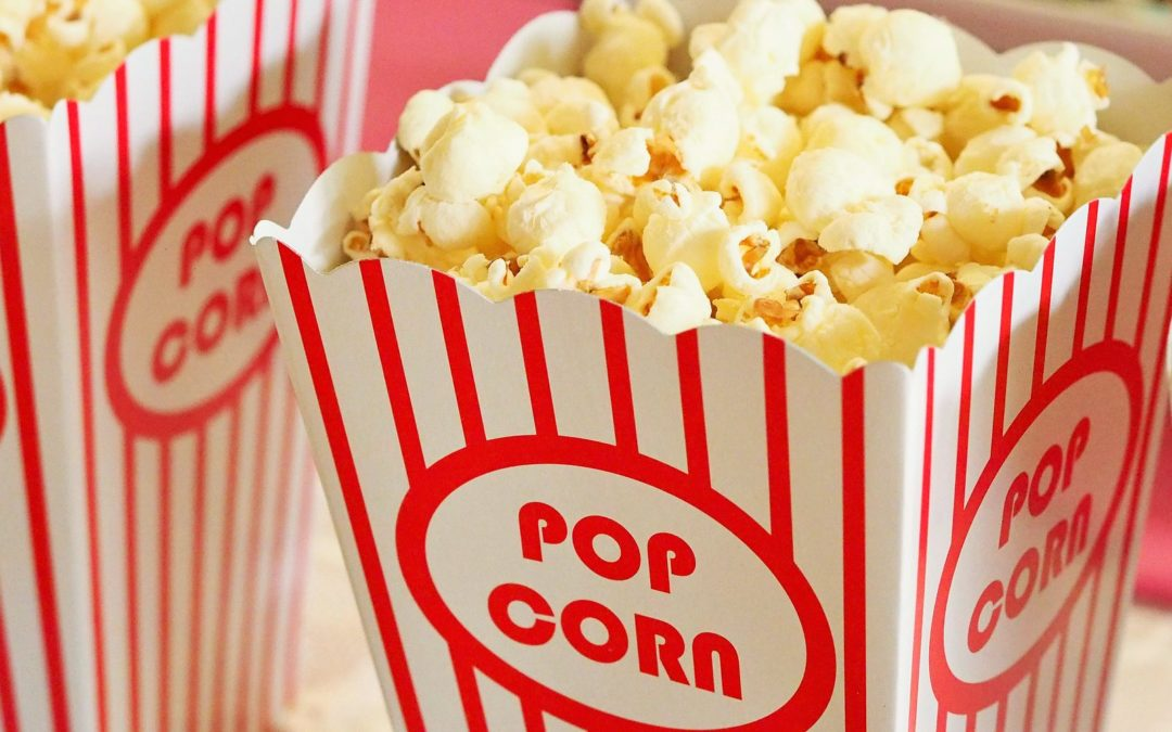 How to Make Healthy Movie Theatre Popcorn